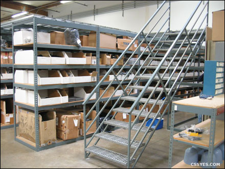12-Step-Rapid-Rack-Catwalk-Stairway-001-LG
